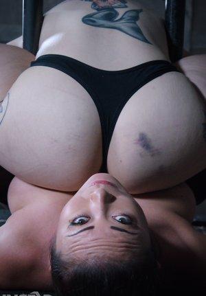 Inked Asian Butt Pics